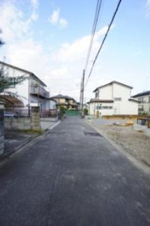 【前面道路含む現地写真】西区土屋新築戸建て~サービスルーム付~