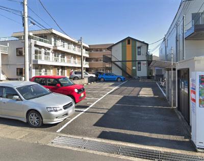 自走式の駐車場です。ハイアット厚