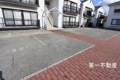 【駐車場】ガーデンハイツ緑ヶ丘2D