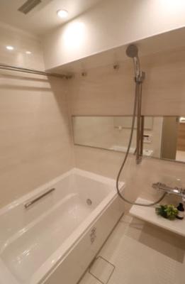 ライオンズマンション東長崎第2のお風呂です。