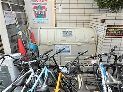 【駐車場】レオーネ寺田町東