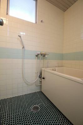 【浴室】吉山マンション