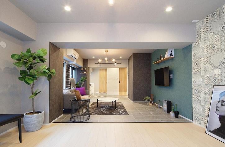 ブルックリンスタイルでまとまった室内は各所に米国のモチーフが散りばめられております。次の写真から早速みていきましょう。