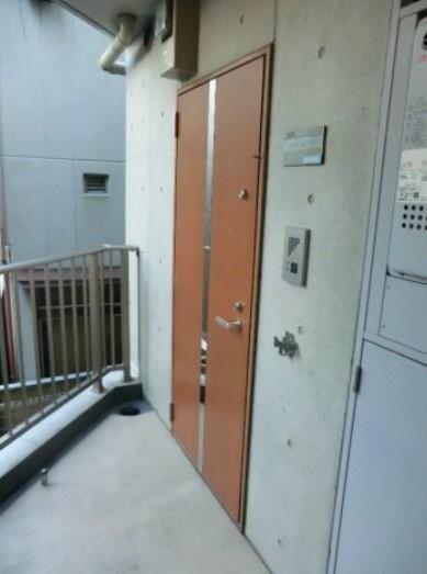 【玄関】エルスタンザ中野新井