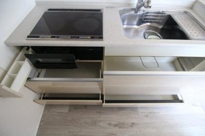 【キッチン】GALICIA RESIDENCE HIROO