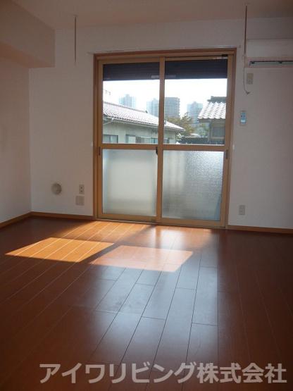 写真は202号室【エストレージャ】