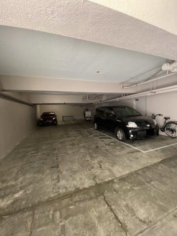 駐車場 空無 月額33,000円