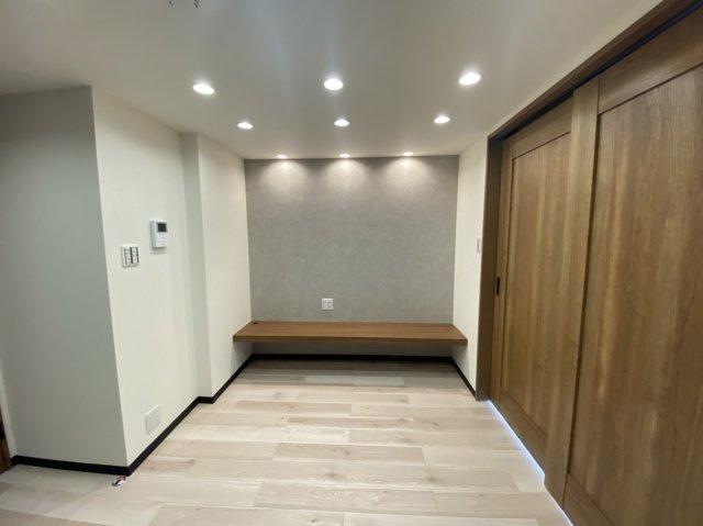DK6.5帖 システムキッチン テレビ台新・可動棚(キッチン横)新規設置