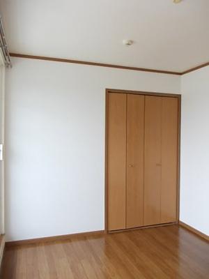 【寝室】ソフィーナひがし野