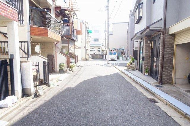 【前面道路:幅員約4m公道☆】
