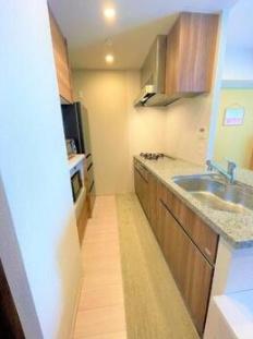 プライムパークス品川シーサイドザ・タワーのキッチンです。