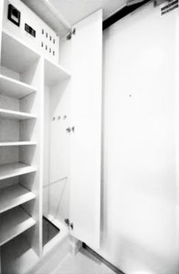 【玄関】アルビレオ
