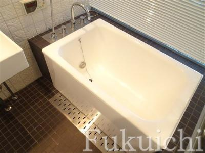 【浴室】イプセ学芸大学