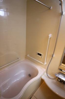 【浴室】紫野上柏野町 中古戸建