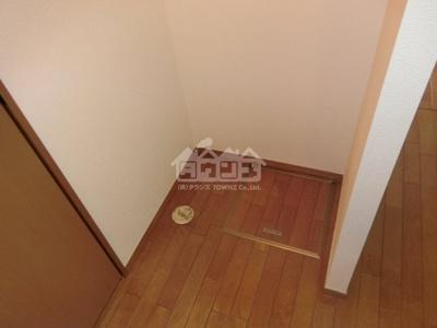 室内洗濯機置場・メゾングリーン