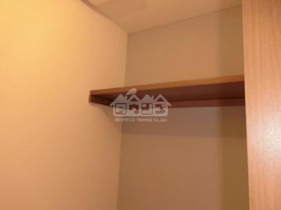 トイレの上棚・ドムス東高円寺