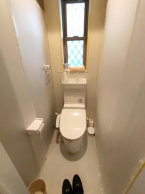 【トイレ】茨木市中総持寺町 新築未入居 一戸建