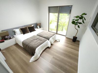 【寝室】茨木市中総持寺町 新築未入居 一戸建