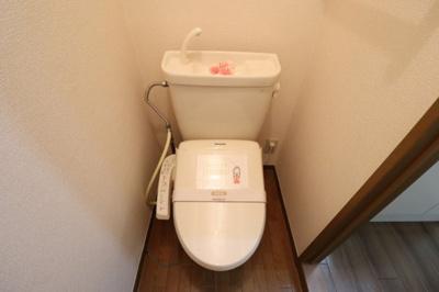 もちろん温水洗浄暖房便座です