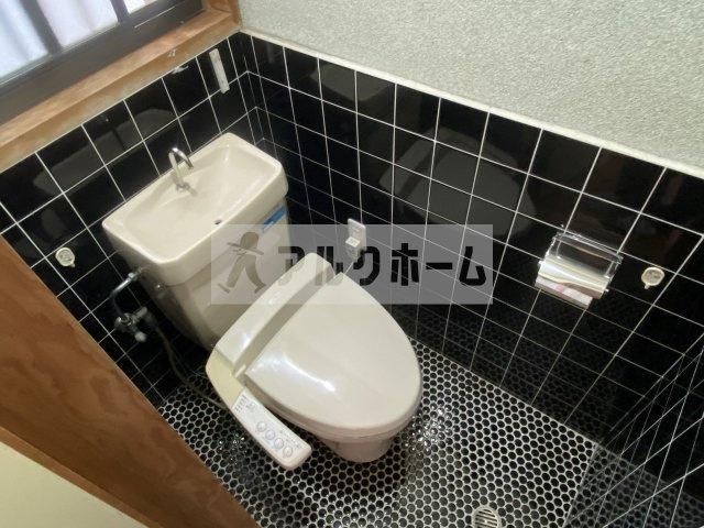 【トイレ】高井田4LDK戸建て
