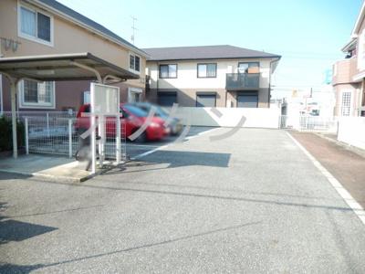 【駐車場】プラティークレーブ