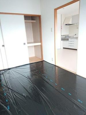 ご入居前に畳を入れます