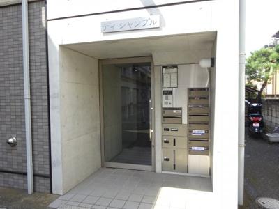 【エントランス】ディ・シャンブル