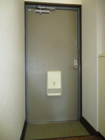 【玄関】ピアタマキ