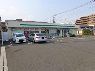 ファミリーマート鶴ヶ島脚折店まで392m