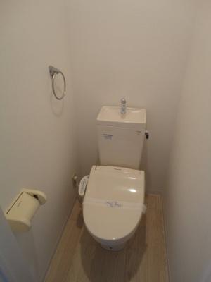 【トイレ】シャルム松貴