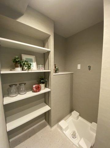 洗濯機置場 棚付き