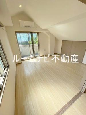 【居間・リビング】ソレイユ南大塚
