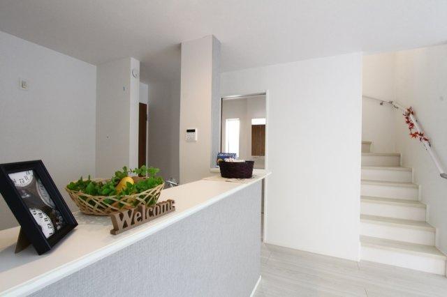 秦野市元町 全1棟。こだわりの新築分譲住宅。完成済みにてご内覧いただけます◎いつでもお気軽に、お問い合わせお待ちしております。