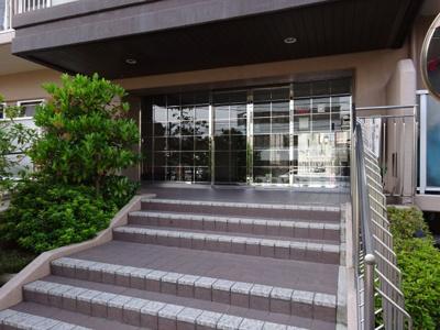 【エントランス】住道グランドコーポ 5階