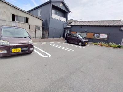 【駐車場】シャトーダルモニー