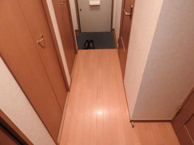 【玄関】中田ハイツ