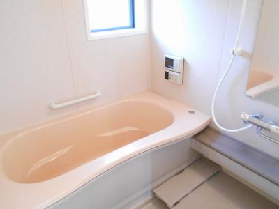 【浴室】リビングタウン高岡・