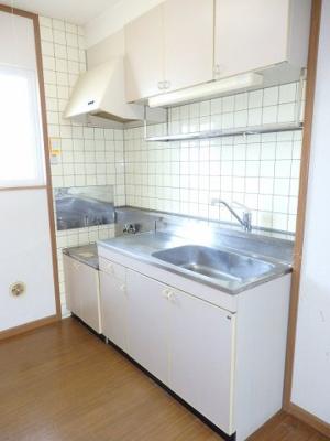 【キッチン】シャトーKINKI B棟