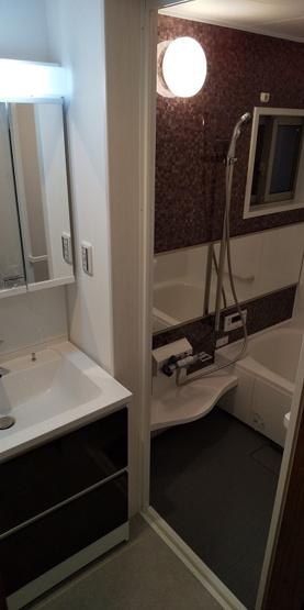 施工例の浴室です。 浴室乾燥機が標準仕様です。