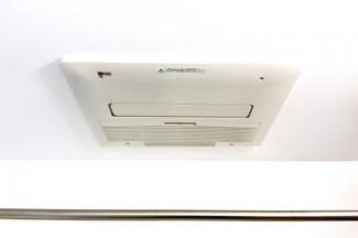 《浴室暖房乾燥機》寒い季節は、暖房で暖められるので風邪やヒートショックの予防になります。