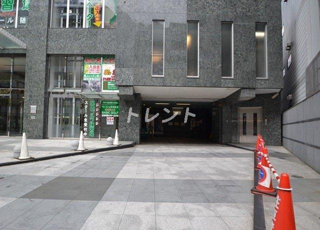 【駐車場】ファーストリアルタワー新宿