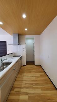 ゆったりとしたキッチンスペースです