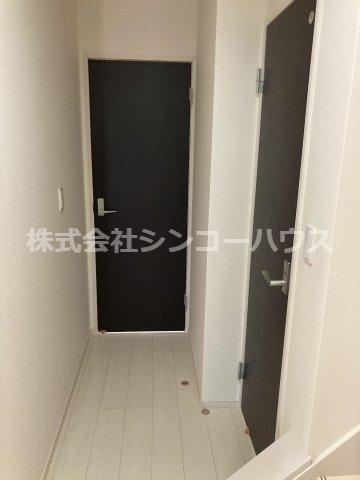 【玄関】久喜市栗橋東5丁目 戸建
