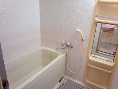 【浴室】ファミティ滝谷