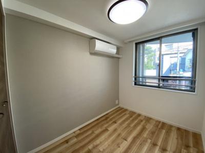 洋室約4.4帖 クローゼット付き エアコン有り