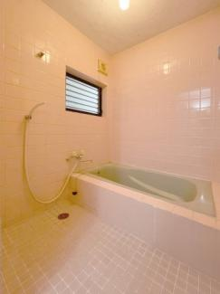 【浴室】南寺方北通二丁目 中古戸建