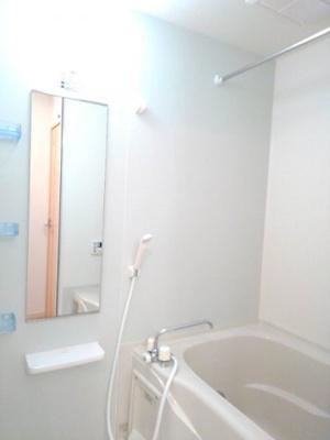 【浴室】アン ディマンシェ D