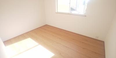2階、洋室です。