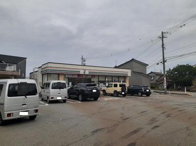 セブンイレブン水橋辻ヶ堂店まで1500m