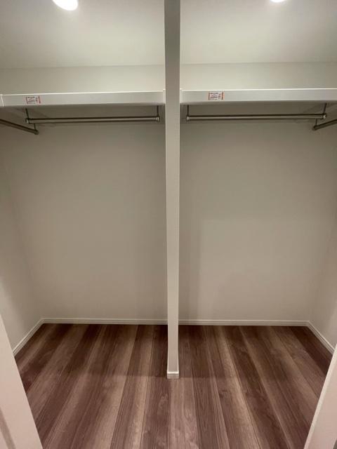 洋室8帖の収納:ウォークインクローゼットです。